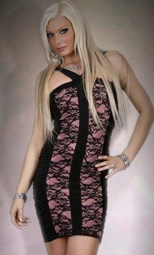 Přiléhavé společenské šaty