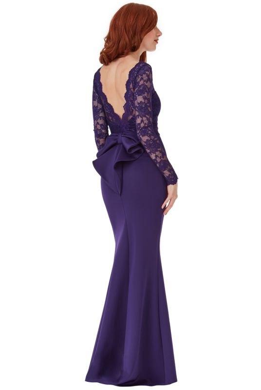 e8921abbc496 Krajkové dlouhé fialové plesové šaty - Butik Radost