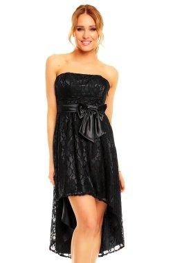 Krajkové korzetové šaty z Paříže