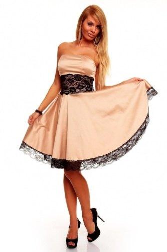 Zlaté plesové šaty s krajkou